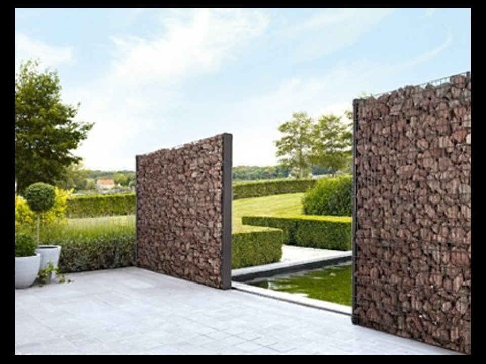 Zenturo gevulde wand betafence - Decoratie stenen tuin ...