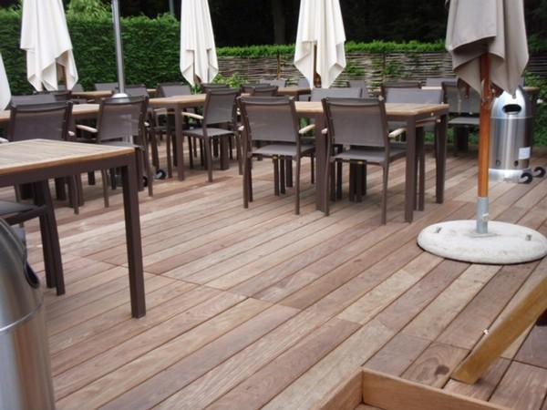 Houten terras bij geralds ukkel brussels - Houten tuin decoratie ...