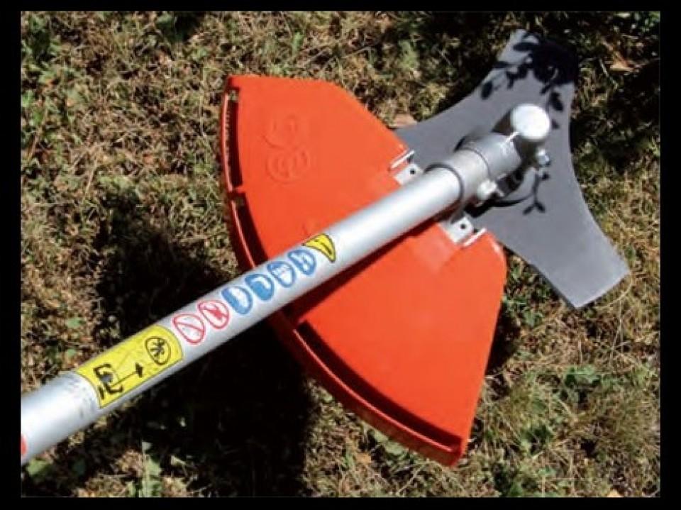 Onkruid Verwijderen, Gereedschap, Kubota Uw tuin trimmen met gereedschap van Kubota debroussailler avec les outils proposes par kubota3 960x600