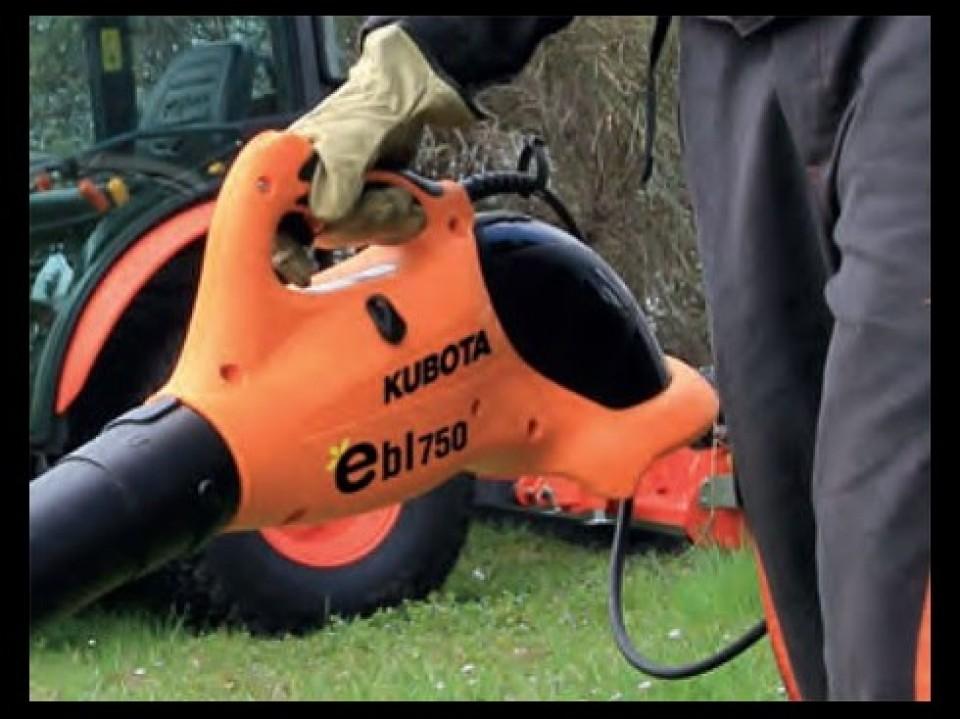 Onkruid Verwijderen, Gereedschap, Kubota Uw tuin trimmen met gereedschap van Kubota debroussailler avec les outils proposes par kubota5 960x600