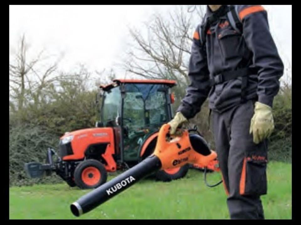 Onkruid Verwijderen, Gereedschap, Kubota Uw tuin trimmen met gereedschap van Kubota debroussailler avec les outils proposes par kubota6 960x600