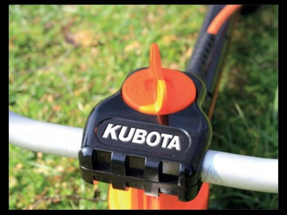 Onkruid Verwijderen, Gereedschap, Kubota Onkruid verwijderen met gereedschap van Kubota desherber avec les outils proposes par kubota3 960x600