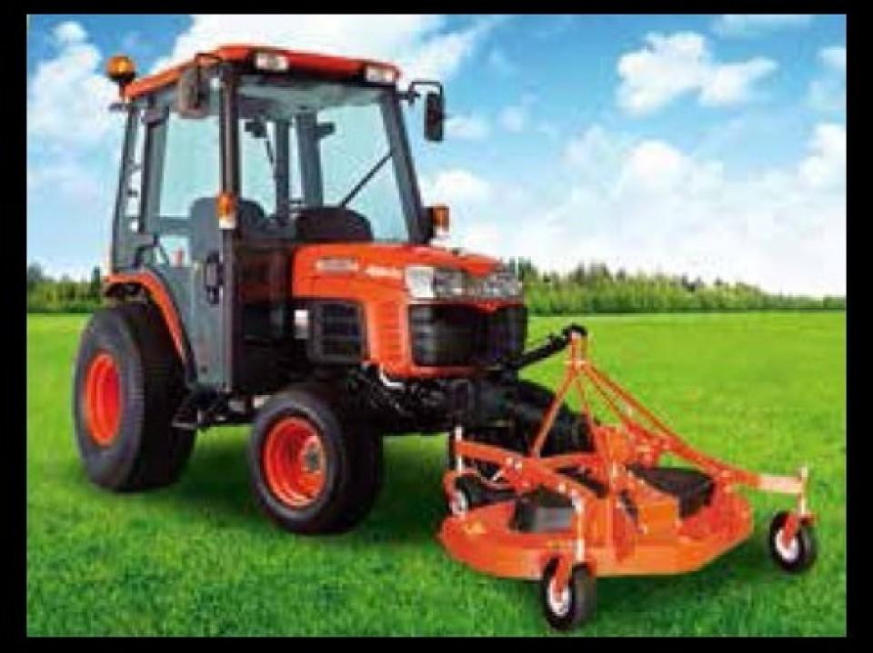 Een veelzijdige Kubota-tractor Een veelzijdige Kubota-tractor tracteur kubota polyvalent3 960x600