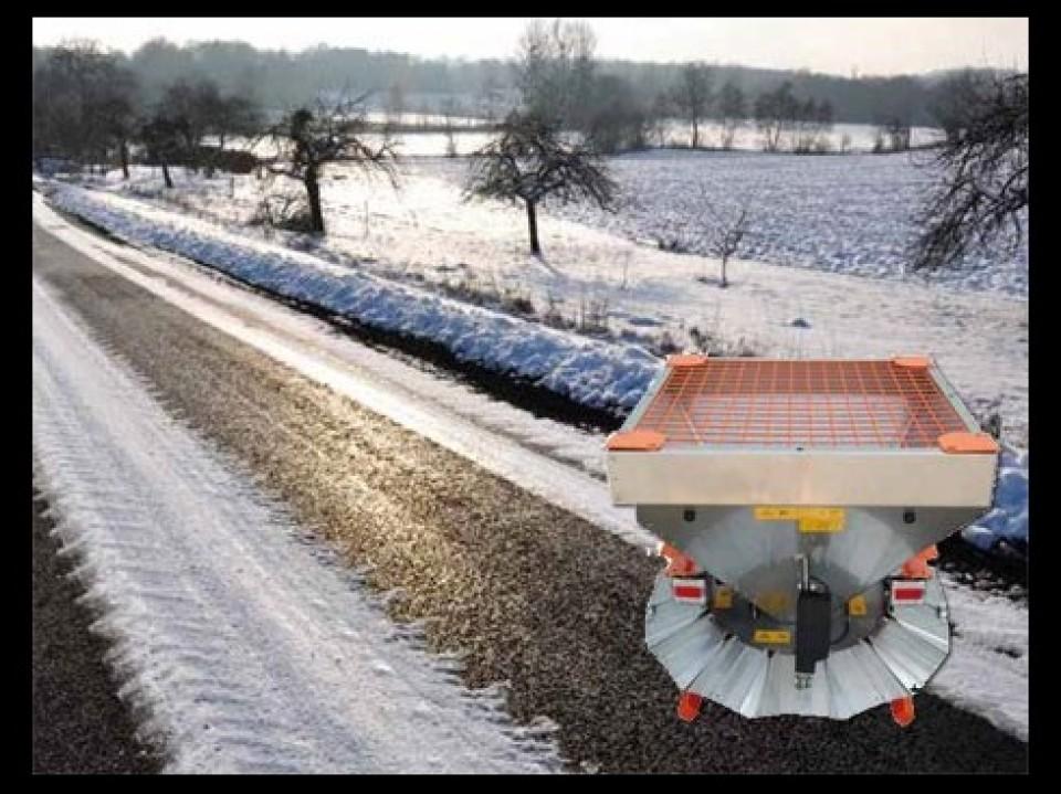 Een veelzijdige Kubota-tractor Een veelzijdige Kubota-tractor tracteur kubota polyvalent6 960x600