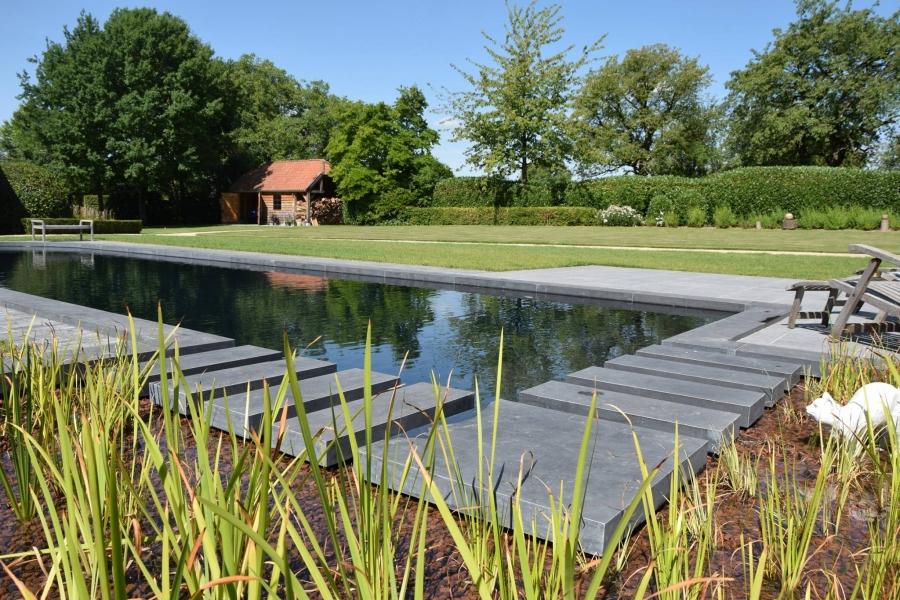zwembadtegels bij els-garden Zwembadtegels van hoge kwaliteit bij ELS-Garden. t Hoveniersbedrijf stapstenen facebook 960x600